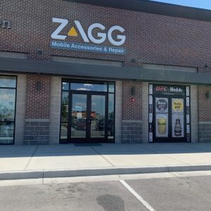zagg mobile accessories and repair in shopping plaza